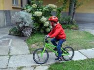 Giò, il bimbo che non sapeva crescerea quattro anni va a scuola e in bici