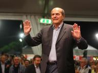 Bersani: «Io lasciare il Pd? Devono chiamare l'esercito»