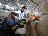 Contraffazione, 174 siti oscurati Su Alibaba metà dei prodotti è falsa