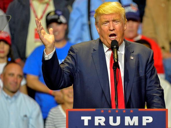 Trump scatenato su Twitter, ora faccio a modo mio