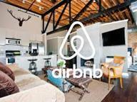 Bettina e le 366 case su Airbnb