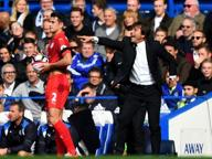 Il Chelsea travolge il Leicester 3-0: Conte vince il derby degli allenatori italiani
