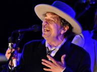 Bob Dylan, impossibile contattarlo L'Accademia: «Noi rinunciamo»