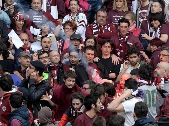 Scoperto ad Avellino l'arsenale degli ultras bianconeri
