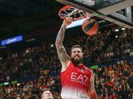 Armani Jeans, Raduljica il gigante: «Amo il basket, la barba e l'Harley»