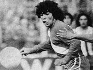 40 anni fa Maradona: quel tunnel al primo minuto che cambiò il calcio