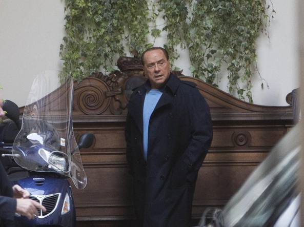 Referendum:Cav, Renzi punta su paura Ue