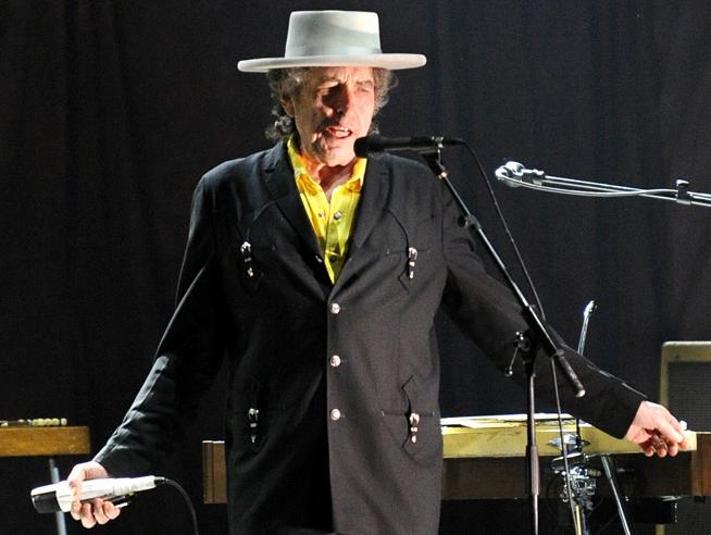 Cosa succede se Bob Dylan rifiuta il NobelO non si presenta. I precedenti illustri