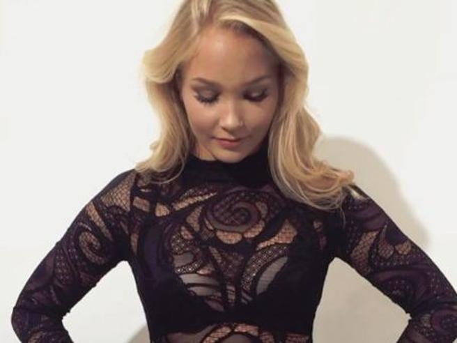 Arna YR Jónsdóttir, Miss Islanda rinuncia al concorso di bellezza: «Mi avevano chiesto di perdere peso»