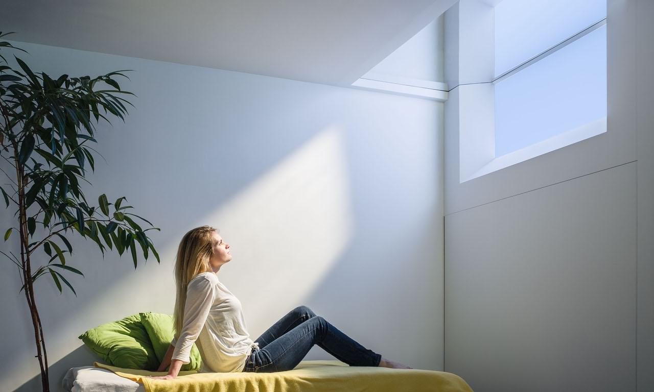 Coelux le lampade che sembrano finestre e simulano la luce del giorno - Radioterapia a bagno ...