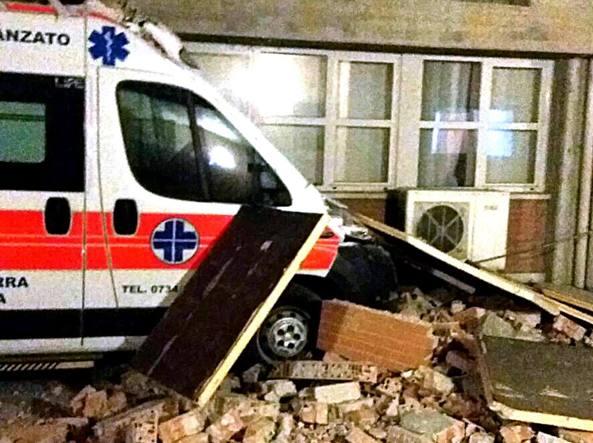 Evacuato l'ospedale di Amandola: inagibile dopo le scosse