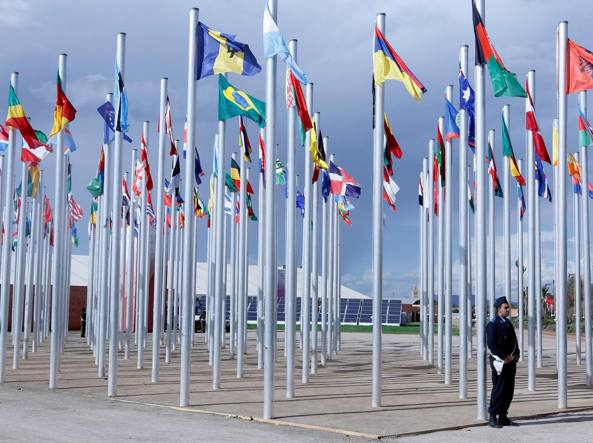 Bandiere alla conferenza sul clima di Marrakech (Reuters/Boudlal)