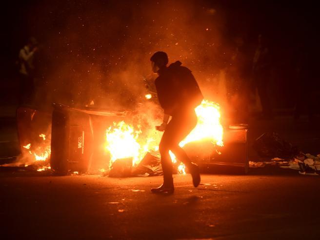 Esplodono le proteste davanti alla Casa Bianca,   a San Francisco e Seattle