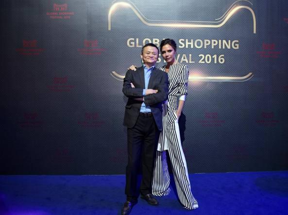 Cina: festa dei single, è record di vendite su Alibaba