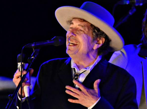 Bob Dylan non parteciperà alla consegna dei Nobel a Stoccolma