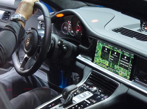 Massima connessione anche in auto, con il Bluetooth