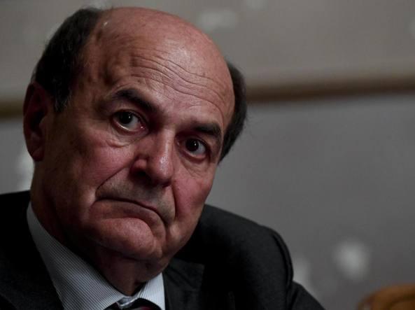 Perché Bersani dice a Renzi che può rimanere se vince il No