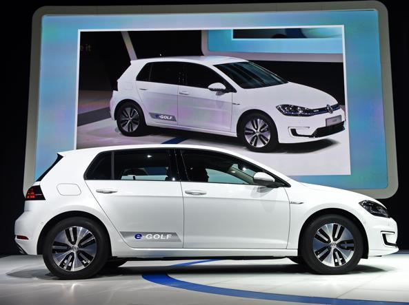 La nuova Volkswagen e-Golf all'Auto Show di Los Angeles