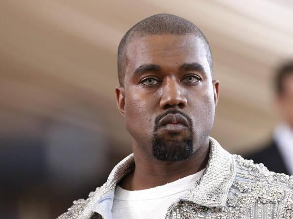 Kanye West ricoverato per esaurimento nervoso, cancellate le date del tour