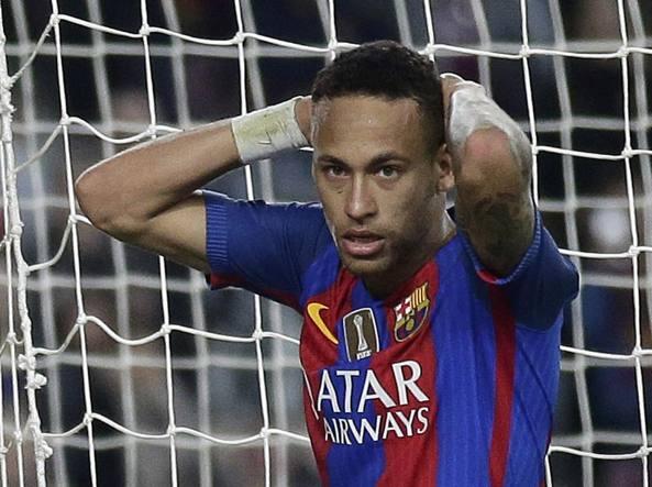 Barcellona, bufera su Neymar: chiesti due anni di carcere