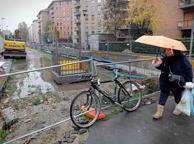 Milano, al Lorenteggio il cantiere della M4 senza operai e bloccato da un anno: «Dimenticati da tutti»
