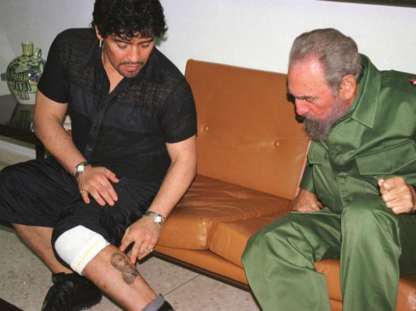 Maradona, messaggio di cordoglio per Fidel Castro: