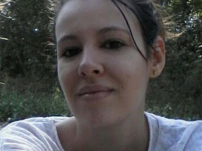 Siringa ed eroina: overdose uccide studentessa modello