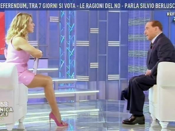Referendum: Berlusconi, riforma Renzi fatta su misura per sè
