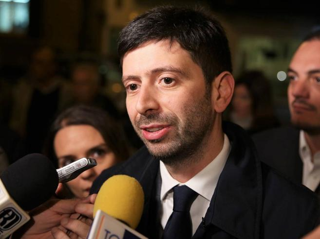 #Corrierelive, referendum:  diretta alle 11  con Roberto Speranza