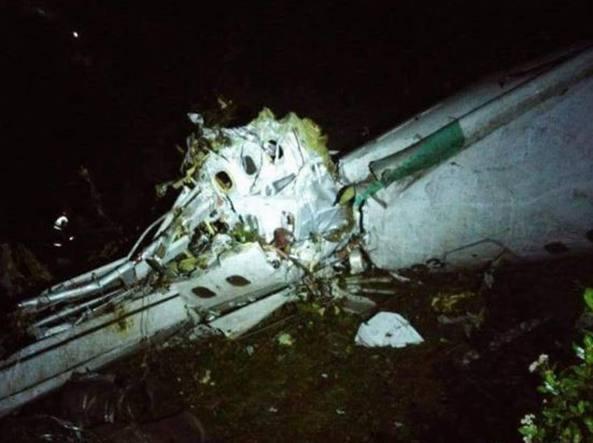 Precipita un aereo in Colombia. A bordo i brasiliani della Chapecoense