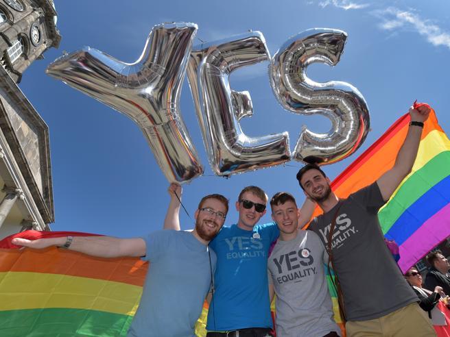 Dire «sei omosessuale» non è offesaLa Cassazione: «Cambiato contesto»