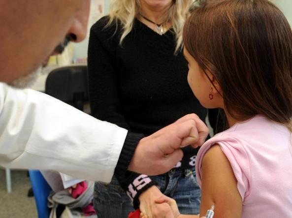 Vaccinazioni: obbligatoria a Trieste per bimbi asilo