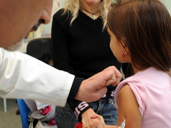 Trieste,  vaccinazione obbligatoria per i bambini dell'asilo