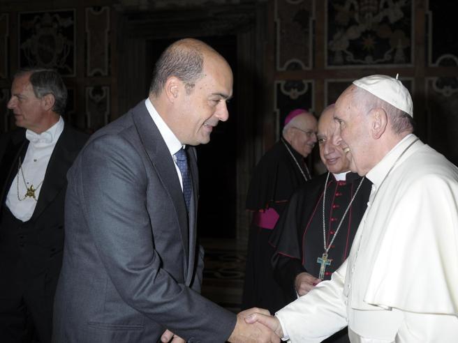 Giubileo, il graziedel Papa. Nessun invito al sindaco Raggi. È gelo