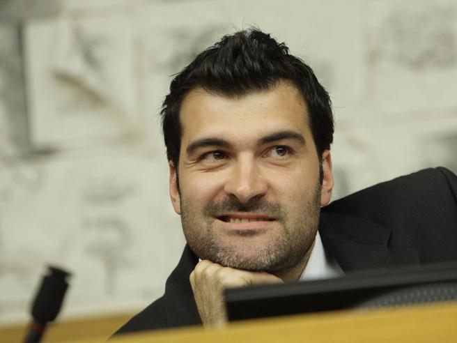 M5S e firme false: sospesi i  deputati Busalacchi, Di Vita, Mannino e Nuti