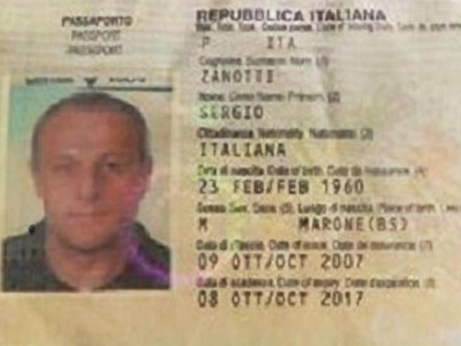Italiano rapito, gli autori del video: «Abbiamo altri europei»