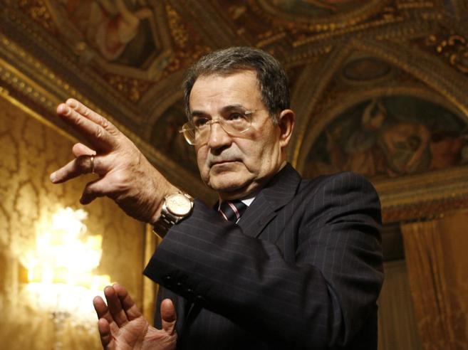 Referendum costituzionale, la sinistra ferita dalla scelta di Prodi: «Ma con le sue parole boccia Matteo»