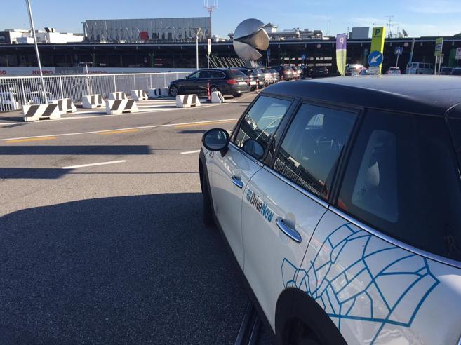 DriveNow, nuovo servizio di car sharing a Milano«In un mese 55 mila iscritti»