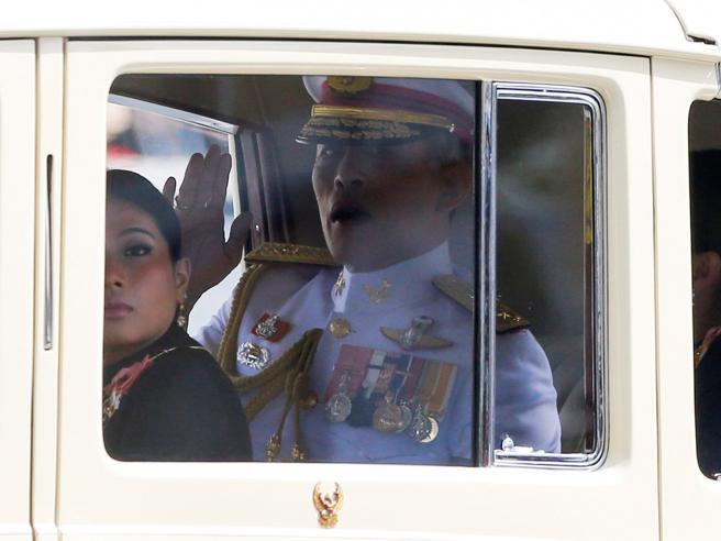 Thailandia, l'insediamento del principe degli eccessi Foto