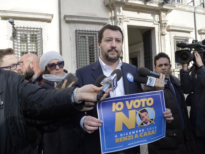 Referendum, Salvini attacca sui voti all'estero: «Inventati o comprati»