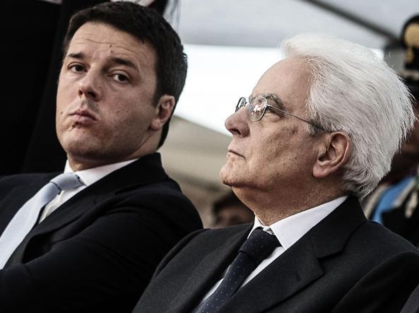 Il premier, Matteo Renzi, e il presidente della Repubblica, Sergio Mattarella (Ansa)