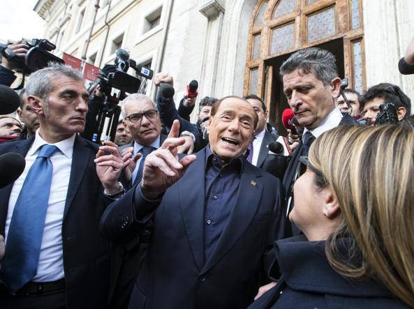 Referendum:Berlusconi, Renzi va a casa se perde? Meno male