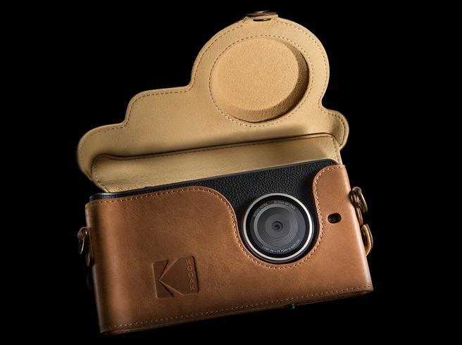 Ektra, il «cameraphone» di Kodak, arriverà il 9 dicembre (anche in Italia)