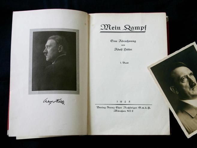 Sondaggio tra studenti Tra i libri preferiti  spunta il «Mein Kampf»