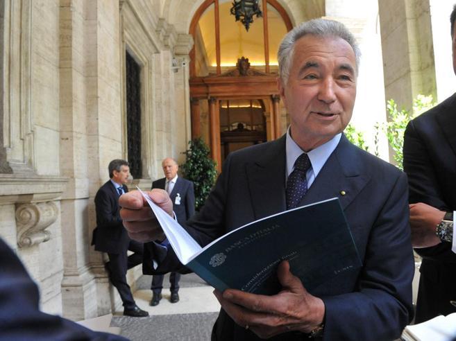 L'ira dei soci della Pop Vicenza e la contromossa giudiziaria di Zonin