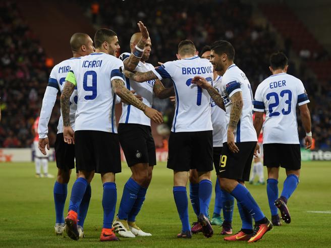 Caso Inter, cambiano gli allenatori ma i pessimi risultati restano: davvero è forte come si dice? Ecco 9 motivi per dubitarne