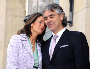 Una foto di Andrea Bocelli con la moglie Veronica
