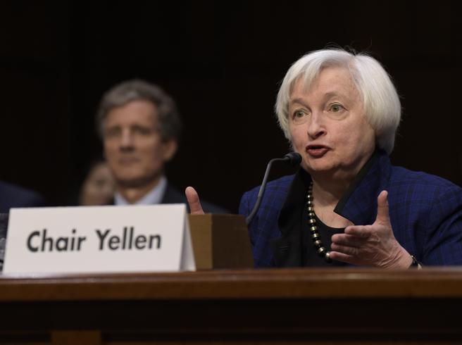 Usa: la Fed alza i tassi dello 0,25%Yellen: «Nessun consiglio a Trump»