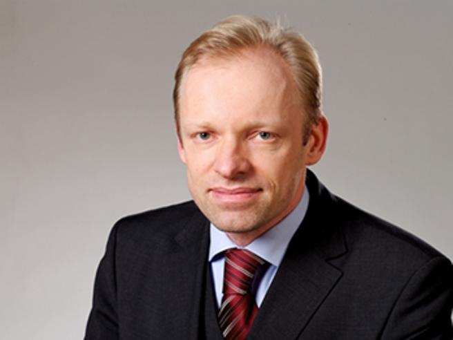 Fuest: «Se l'Italia non cresce, valuti l'uscita dall'euro Berlino è preoccupata»