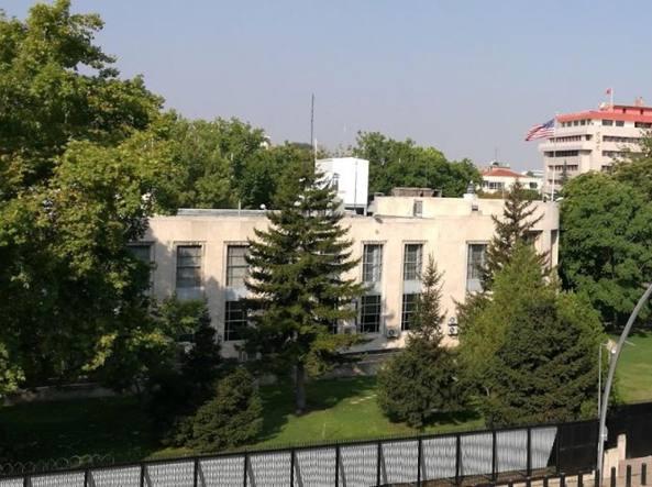 Attacco armato ad Ankara, ferito ambasciatore russo: è grave